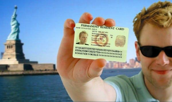 Quali sono le caratteristiche della foto da applicare per partecipare alla lotteria Carta Verde USA