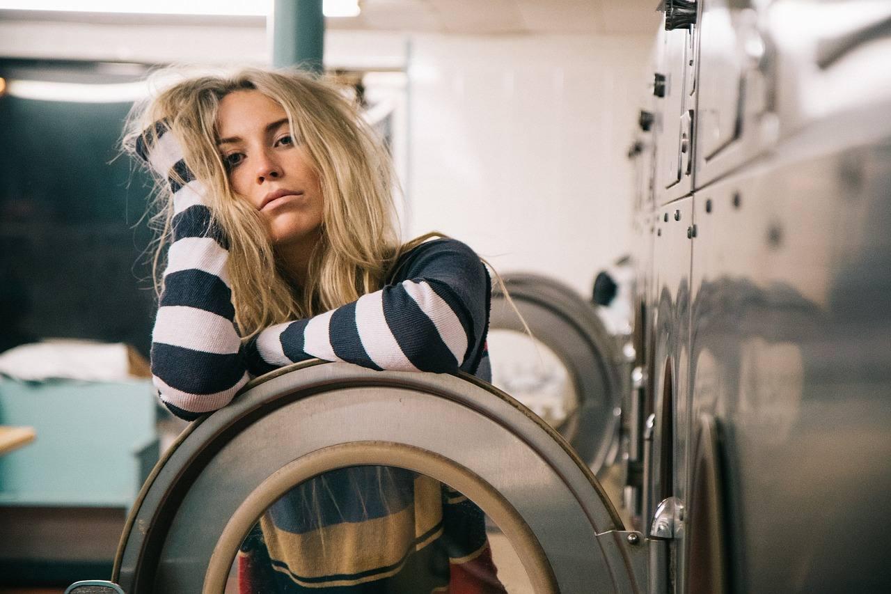 Giovani e pensionati? La lavanderia self-service fa per voi!
